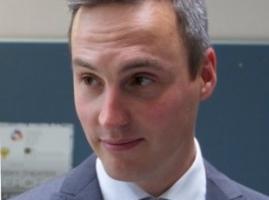 Dr. Michael Steurer